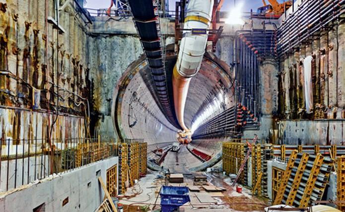 11.04.2017 Самая большая расточная машина в мире проложила тоннель в Сиэттле