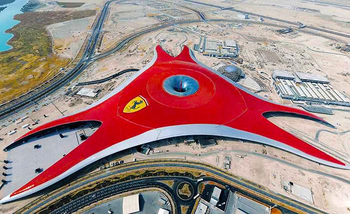 03.04.2018 Парк развлечений Ferrari в Абу-Даби